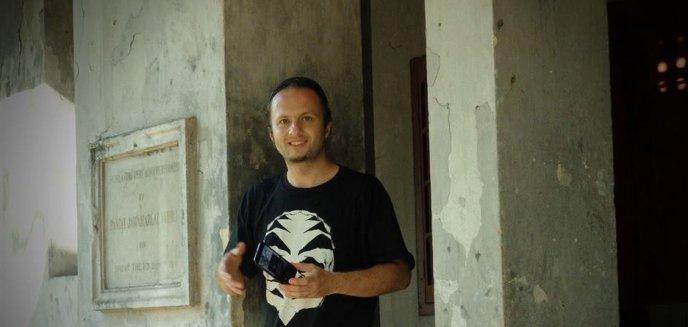 Artykuł: Będą demonstrować w Warszawie w obronie olsztynianina uwięzionego w Indonezji