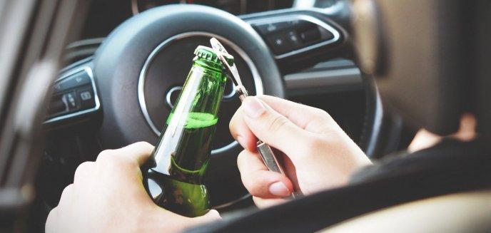 Artykuł: Beztroska olsztyńskiego kierowcy: w ręku piwo, a we krwi dwa promile