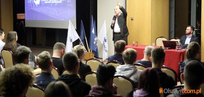 Janusz Korwin-Mikke spotkał się z sympatykami w Olsztynie