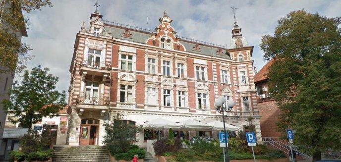 Artykuł: PiS w Olsztynie nie płaci czynszu za biuro. Lewica chce je przejąć
