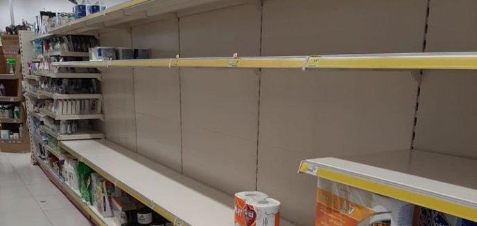 Artykuł: Olsztynianie w panice szturmują sklepy! Puste półki w Biedronkach, Lidlach, Rossmannie... [ZDJĘCIA]