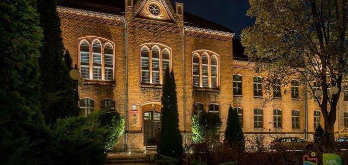 Artykuł: Jak decyzja o zamknięciu szkół wpłynie na maturzystów?