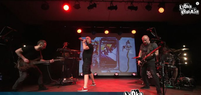 Artykuł: Policja przerwała koncert online Łydki Grubasa