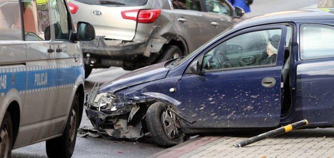 Artykuł: 86-latek sprawcą kolizji trzech aut na ulicy Jagiellońskiej w Olsztynie [ZDJĘCIA]