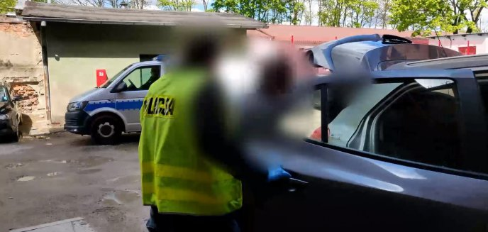 Artykuł: 64-latek zaatakował nożem grupę nastolatków na przystanku w Olsztynie