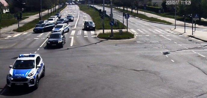 Policjanci eskortowali do Szpitala Miejskiego w Olsztynie rodzącą kobietę [WIDEO]