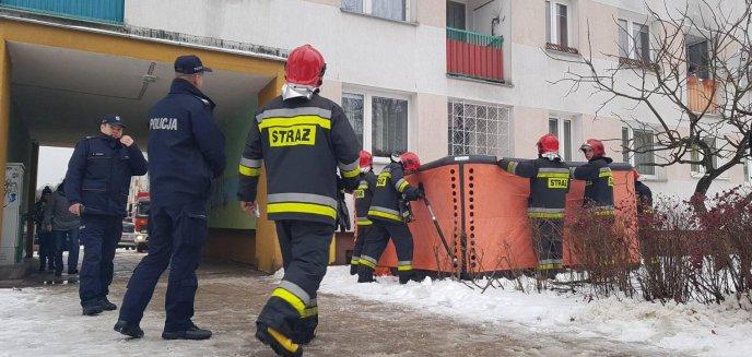 Artykuł: 58-latek z Olsztyna chciał skoczyć z 11. piętra!