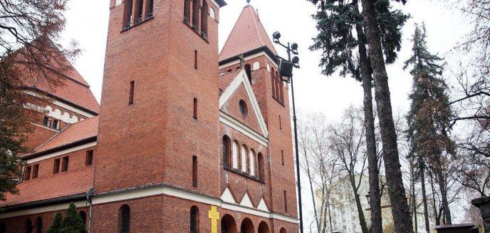 Artykuł: Koniec z dyspensą od mszy świętej! Wierni muszą powrócić do kościołów