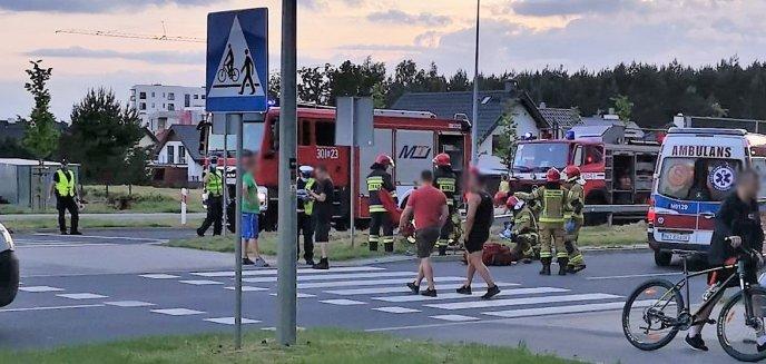 Artykuł: Potrącenie dwóch pieszych na przejściu na ul. Płoskiego. Ranna kobieta w ciąży