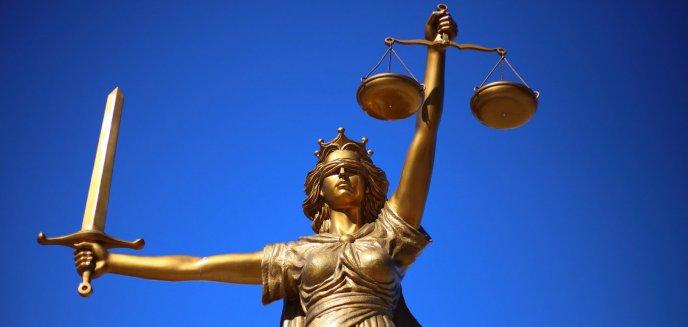 Urzędniczka oskarżona m.in. o przekroczenie uprawnień i przywłaszczenie 13 tys. zł. Jest wyrok sądu