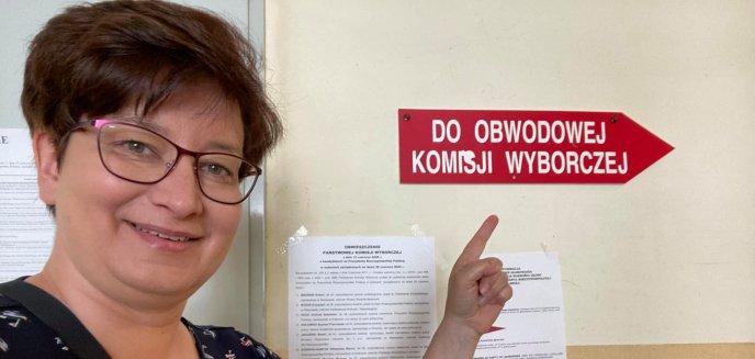 Artykuł: Lokalna posłanka Lewicy zlinczowana w internecie. W dzień wyborów wstawiła obrazek ''Jeb*ć PiS''