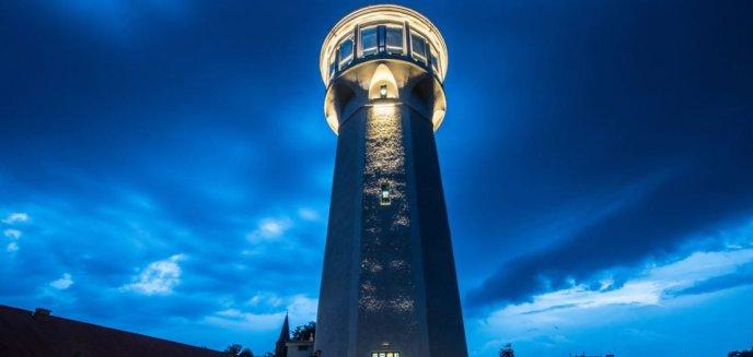 Artykuł: Odnowiona wieża ciśnień w Olsztynku w końcu otwarta! Co powstało w jej wnętrzu?