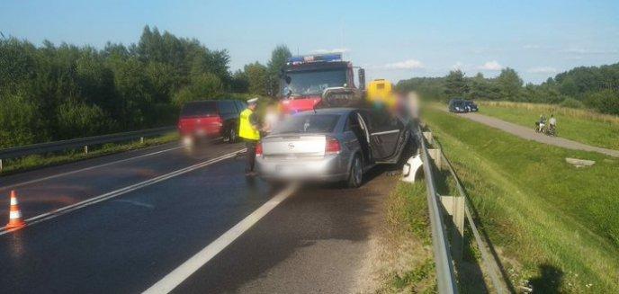 Artykuł: Kompletnie pijany kierowca opla doprowadził do zderzenia trzech aut na DK16 [ZDJĘCIA]