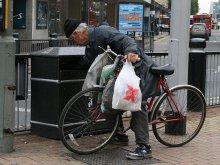 Co z bezdomnymi?
