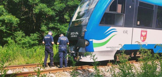 Artykuł: Śmierć na torach. Szynobus jadący do Olsztyna potrącił 61-letnią kobietę