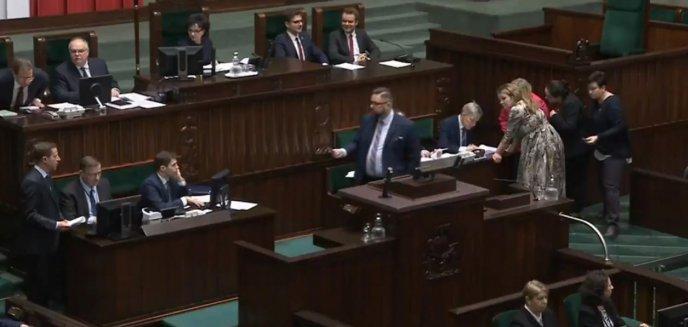Artykuł: Przedstawiamy majątki posłów opozycji z okręgu wyborczego nr 35 (Olsztyn)