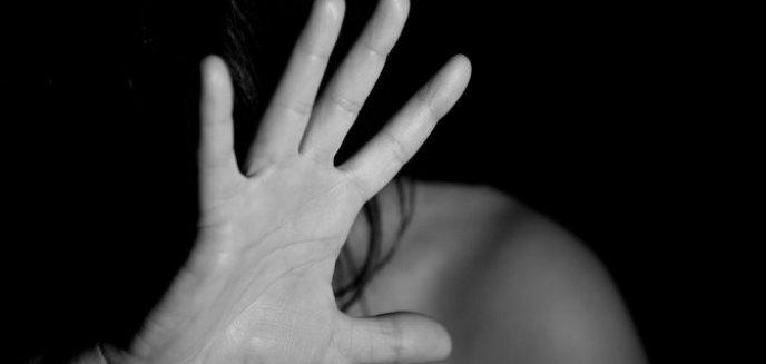 Artykuł: Bił własną matkę! 41-latek w areszcie