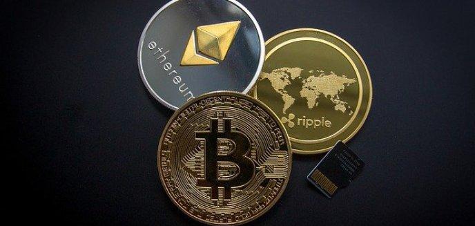 Płacenie Bitcoinem przez internet i stacjonarnie – jak zacząć przygodę z kryptowalutami?