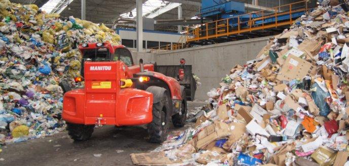 Artykuł: Gminy nie chcą płacić więcej za śmieci. Konflikt z olsztyńskim ZGOK-iem zaognia się, zakład grozi wstrzymaniem odbiorów