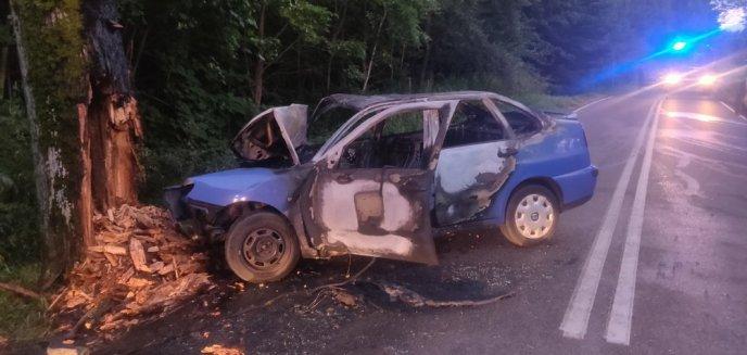 Artykuł: Tragiczny wypadek w Nikielkowie pod Olsztynem. Nie żyje 60-letni kierowca