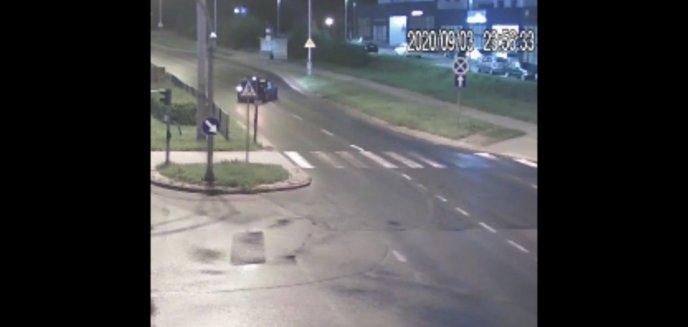 Artykuł: 18-latek testował swoje bmw. Jazdę zakończył na latarni pod Carrefourem [WIDEO]
