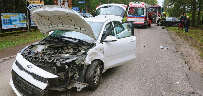 Artykuł: Gmina Jonkowo. W Warkałach zderzyły się dwa auta osobowe [ZDJĘCIA]