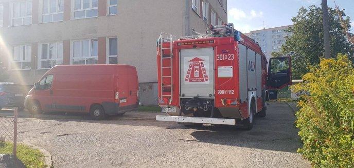 Artykuł: Chwile grozy w Szkole Podstawowej nr 22 w Olsztynie. Interweniowała straż pożarna