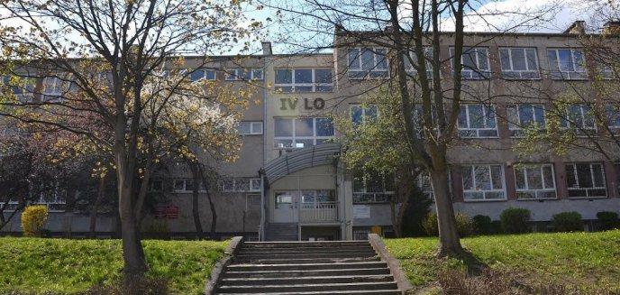 Koronawirus. Kolejna olsztyńska szkoła przechodzi na tryb zdalny, zakażeni pracownicy szpitala wojewódzkiego