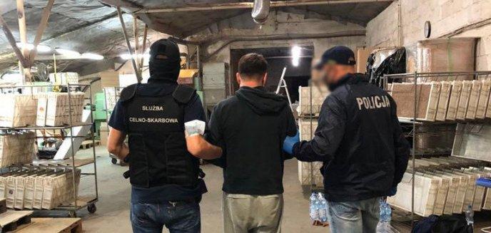 Zlikwidowali nielegalną fabrykę papierosów pod Olsztynem. Straty państwa to 100 mln zł [ZDJĘCIA, WIDEO]