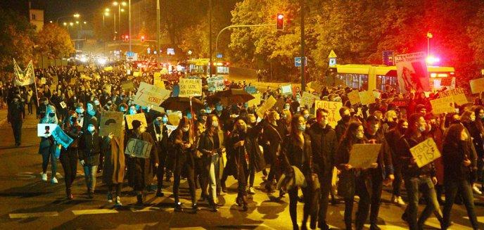 Strajk kobiet. Księża z Warmii i Mazur zabrali głos ws. protestów