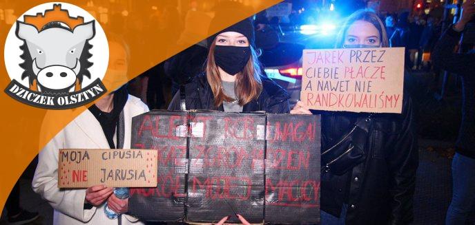 Artykuł: Strajk Kobiet. Najciekawsze i najśmieszniejsze hasła na transparentach demonstrujących w Olsztynie [GALERIA TRANSPARENTÓW]