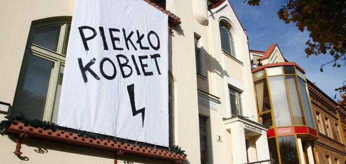 Artykuł: Dziennikarz pyta prezydenta Olsztyna o baner zawieszony na budynku MOK-u. Grzymowicz: ''Chęć ekspozycji nie była ze mną uzgadniana''