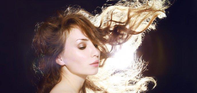 Świadoma pielęgnacja a porowatość włosów