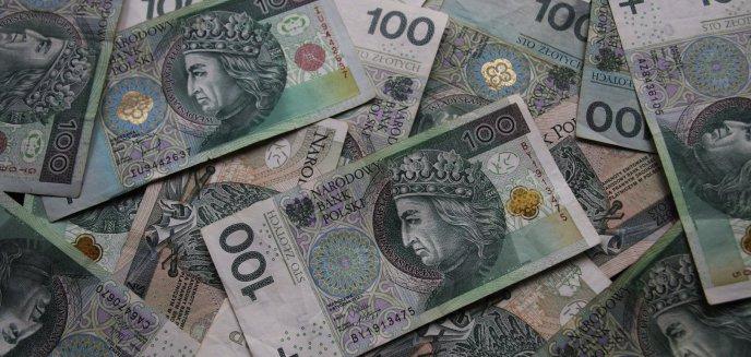 Artykuł: 28-latek z Olsztyna podał fałszywe dane o zatrudnieniu, aby wyłudzić z banku 15 tys. zł