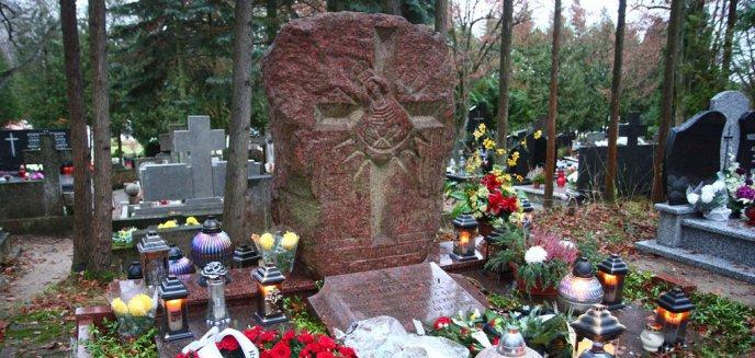 Artykuł: Ukarany za pedofilię hierarcha bez rozgłosu pochowany w Olsztynie