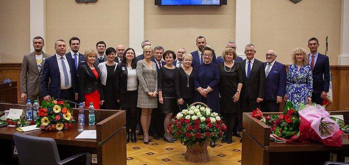 Artykuł: Prezydent Grzymowicz zaapelował do rządu o odstąpienie od weta. Radni PiS uważają, że to manipulacja