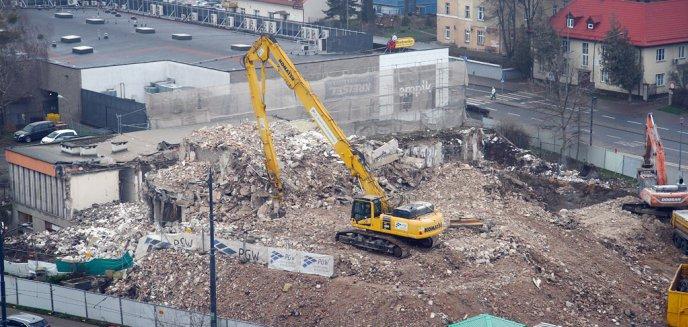 Artykuł: Hotel Gromada zniknął z mapy Olsztyna [ZDJĘCIA]