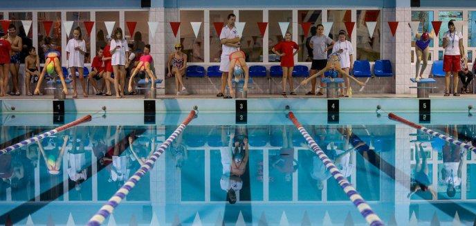 Artykuł: Pływanie. Covid-19 powywracał sprawy do góry nogami…