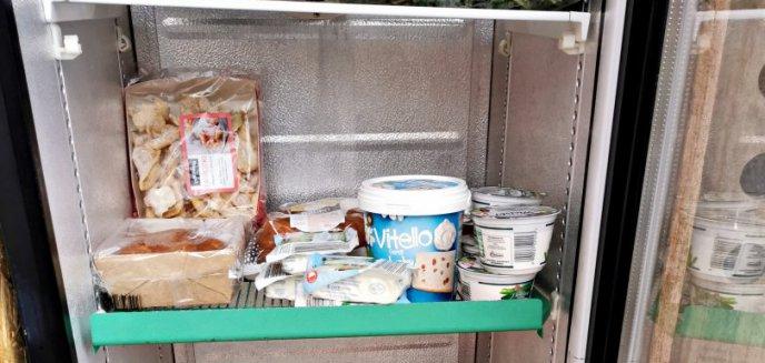 Artykuł: W święta marnujemy nawet 3 razy więcej jedzenia. Nadwyżkę żywności można zostawić w lodówce społecznej