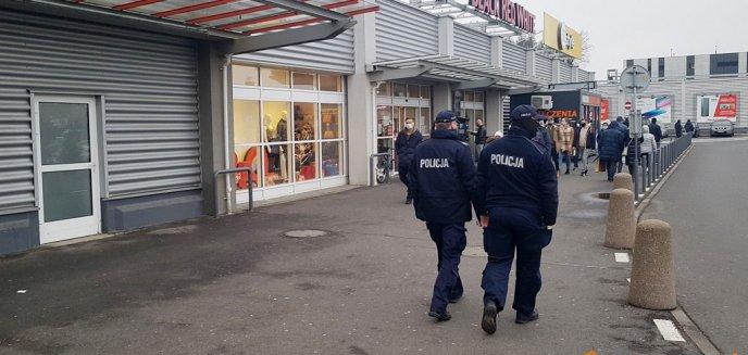 Artykuł: Warmia i Mazury. Kontrole policji w obiektach handlowych, siłowniach, centrach fitness i hotelach
