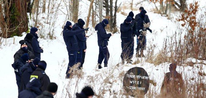 Artykuł: Trwają poszukiwania 21-letniego Witolda Studniarza. W akcji bierze udział 80 osób [ZDJĘCIA]