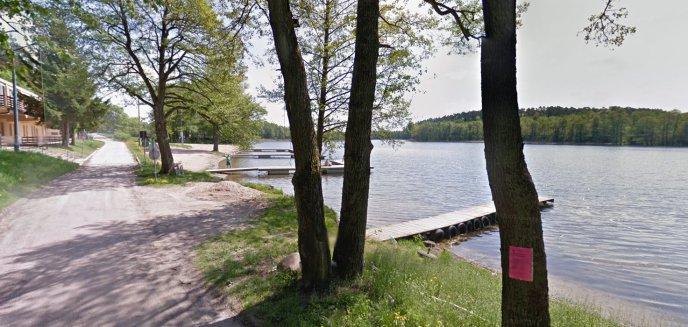 Gmina Dobre Miasto. Wycięli drzewa nad jeziorem Limajno. Urzędnicy: ''Chcieliśmy poprawić bezpieczeństwo''