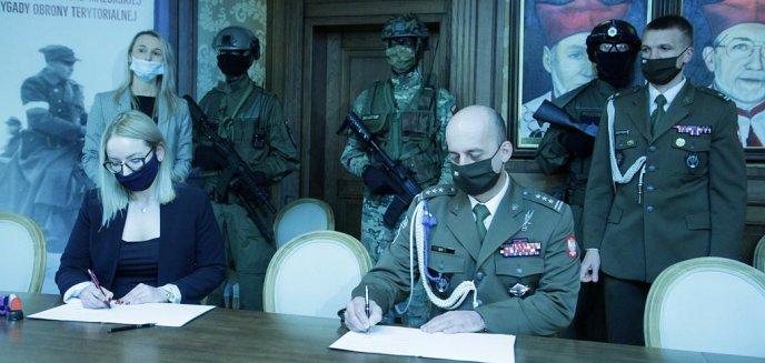 Artykuł: Olsztyńskie liceum podpisało porozumienie z Wojskami Obrony Teorytorialnej