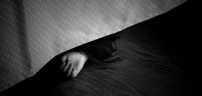Artykuł: W mieszkaniu w centrum Olsztynka znaleziono zwłoki. Zatrzymano podejrzanych o morderstwo [AKTUALIZACJA]