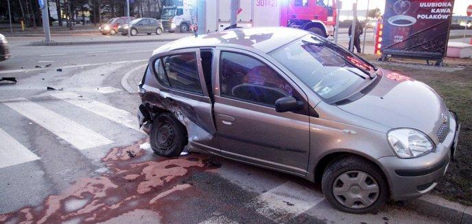 Artykuł: Wypadek przy ''Ekonomiku'' na ulicy Bałtyckiej w Olsztynie [ZDJĘCIA]