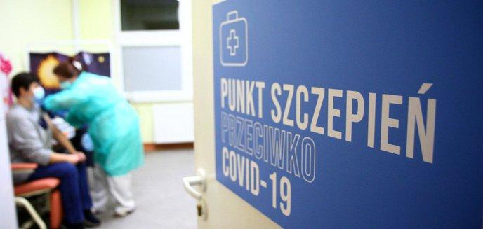 Artykuł: Rusza rejestracja na szczepienia dla 69-latków. W Olsztynie zapisy tylko w kilku placówkach [LISTA]