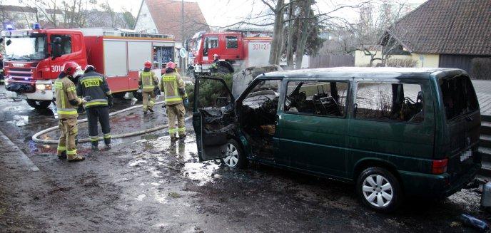 Artykuł: W centrum Olsztyna doszczętnie spłonął bus [ZDJĘCIA]