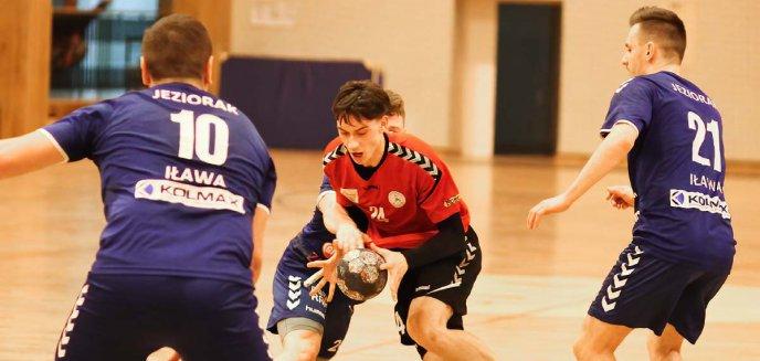 Artykuł: II liga piłki ręcznej. Rozpędzony Szczypiorniak bierze kolejne przeszkody