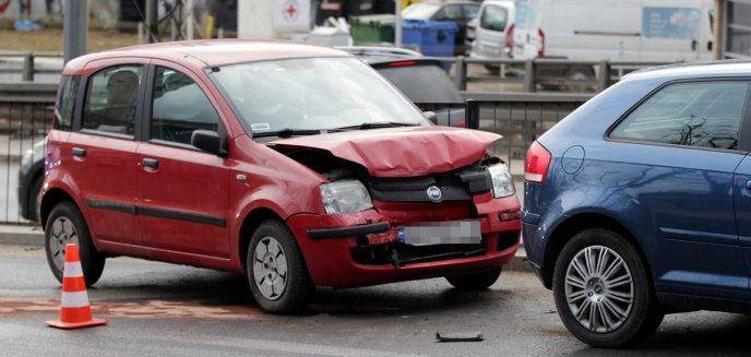 Artykuł: Na al. Wojska Polskiego w Olsztynie zderzyły się trzy auta [ZDJĘCIA]