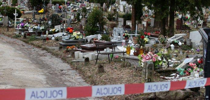 Artykuł: Wracamy do sprawy zniszczenia nagrobków na olsztyńskim cmentarzu. Policja podaje nowe dane